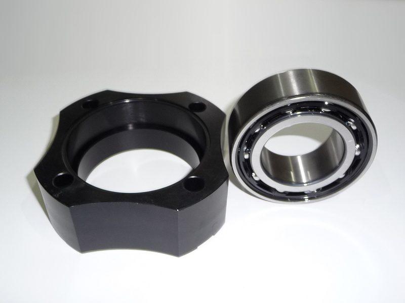 Weslake Capri wheel bearing assembly